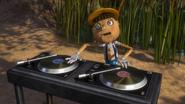 Pinocchio DJ karaoke