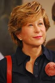 Yeardley smith 2.jpg