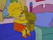 Lisa grająca na saksofonie