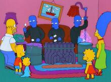 Blue man group piada sofá.jpg