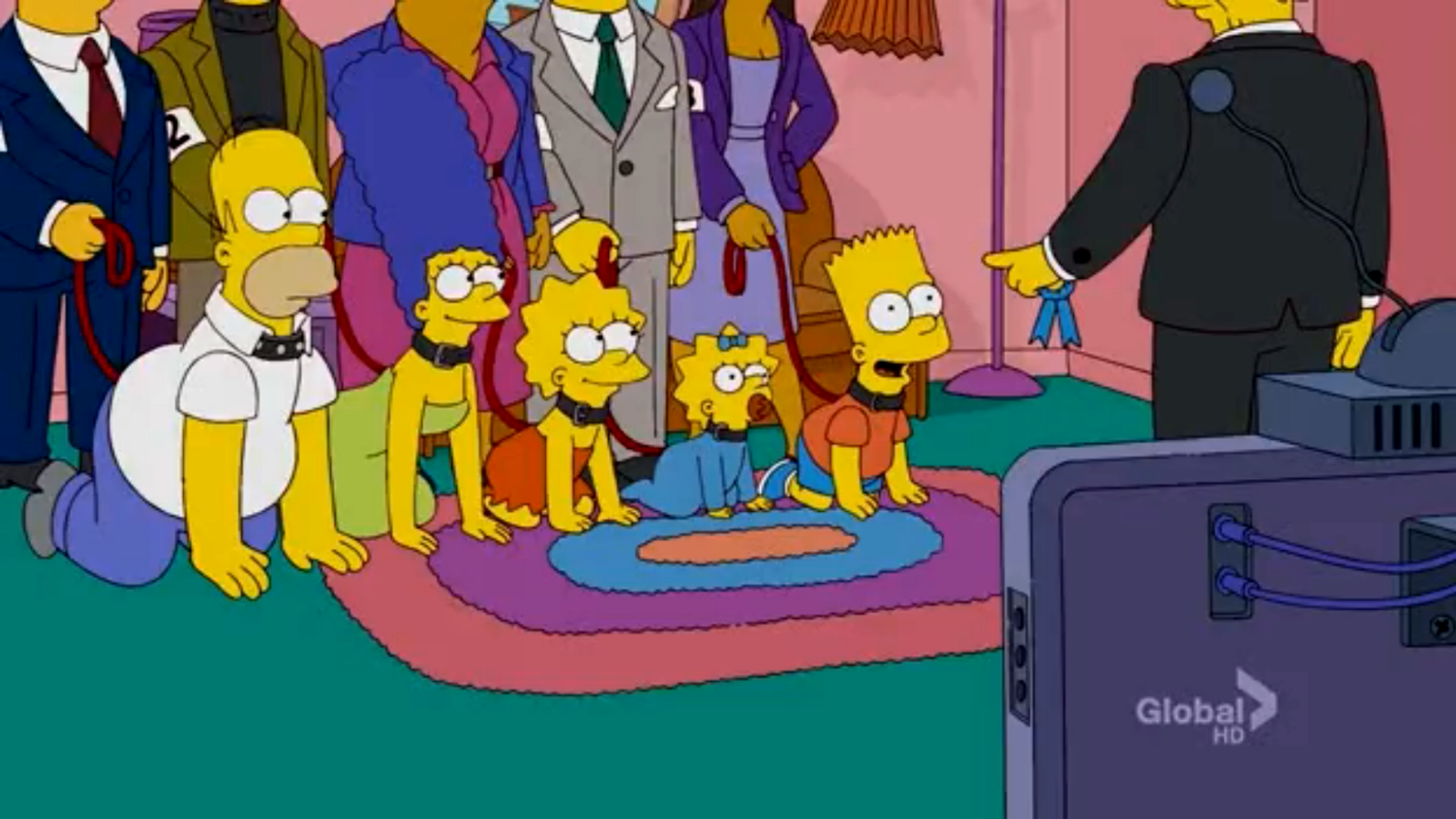 Dog Show Family couch gag