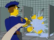 Homer ducha prisão