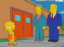 Lisa jornalista denuncia diretor sup