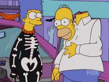 Marge homer hallow xvi 01