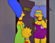 Marge and Lisa visit Aunt Selma