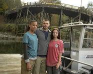 BTS S01E01 Pilot Fola Evans-Akingbola, Alex Roe and Eline Powell (1)