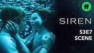Siren Season 3, Episode 7 Ben & Ryn Share An Intimate Moment Underwater Freeform-0