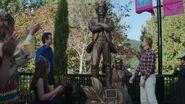 S01E01-Pilot-025-Charles-H-Pownall-statue