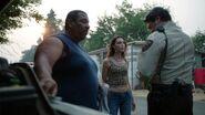 S01E02-The-Lure-070-Vicki-Sheriff-Dale-Bishop