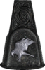 Falke Glyphe pillar