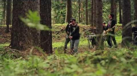 Bagr - O nás (oficiální videoklip)-0