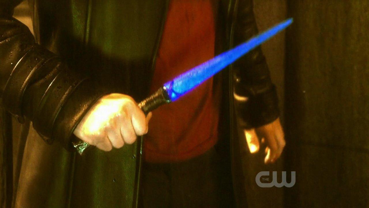 Kryptonite Knife Smallville Wiki Fandom