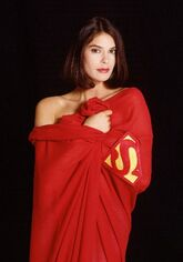 Teri-Hatcher-in-Superman-Cape