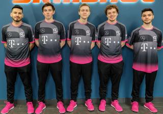 SK Gaming team photo spring 2019.png