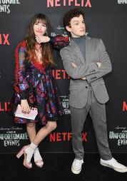 Netflix Premiere Series Unfortunate Events QFVJvyrpCRfl
