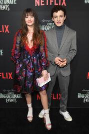 Netflix Premiere Series Unfortunate Events ZaZlq2KB2-Wl