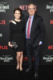 Netflix Premiere Series Unfortunate Events MuGZGZhLra-l