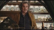 Billy-Connolly-as-Dr-Montgomery-Montgomery-in-Lemony-Snicket-s-A-Series-Of-Unfortunate-Events-billy-connolly-29304846-1360-768