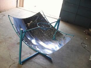 http://www.solarcooker-at-cantinawest.com/tiny_tech_parabolic_solar_cooker