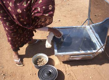 Mawahib Ahmed cooking photo.jpg