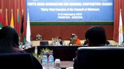 Anoka_Primrose_Abeyrathne_(Anoka_Abeyrathne)_of_Sri_Lanka_receiving_the_SAARC_Youth_Award_2010