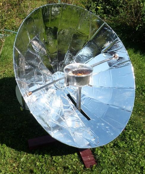 Hypar Solar Cooker