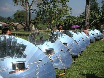 Taida New Energy parabolic cooker.jpg