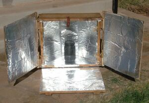 Easy Solar Cooker (upright), 11-12-12.jpg
