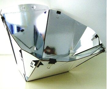 Diamond Solar Cooker photo 1.jpg