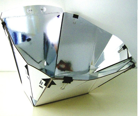 Diamond Solar Cooker