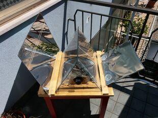 Newton Solar Oven 2