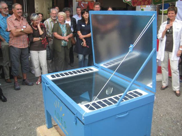 Electro Solar Cooker