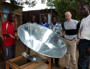Voukana Solar Cooker.jpg