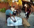 Gasy Nahandro panel cooker demonstration, 4-2-13
