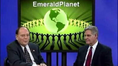 Inside_Scoop_-_Emerald_Planet_-_December_7,_2014