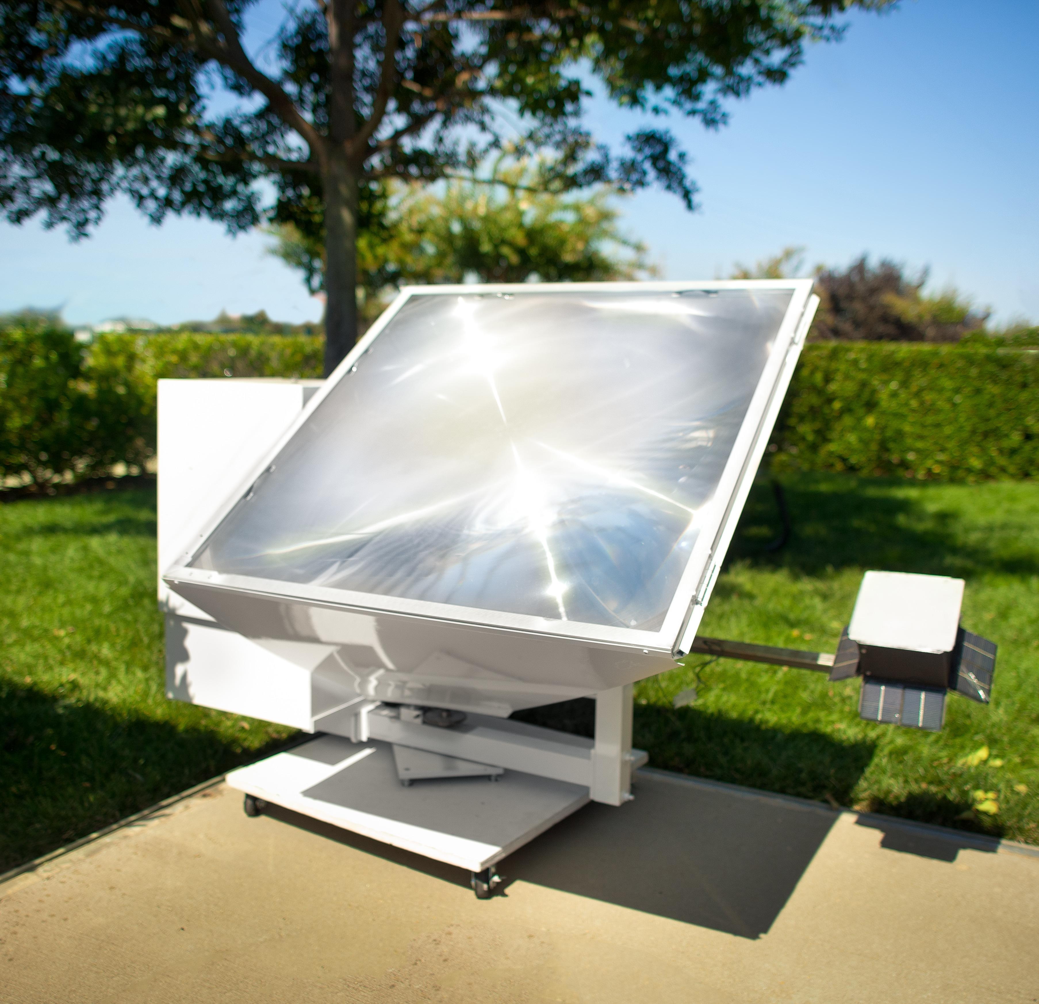 California Sunlight Solar Cooker