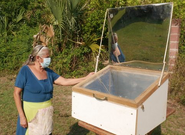 Solar oven in use, El Salvador, 4-29-21