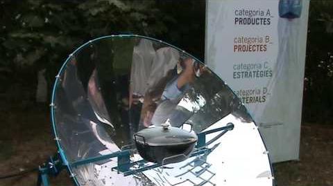 Cocina_solar_alSol_1.4_en_expo_Premio_Diseño_para_Reciclaje