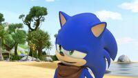 S1E11 Sonic amused