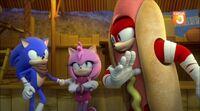 SB S1E38 Sonic Amy Knuckles hot dog