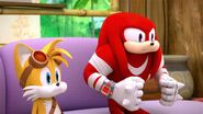 SB S1E29 Tails Knuckles hold breath