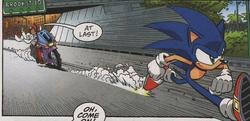 Sonic outruns S.O.N.I.C.X
