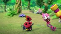 SB S1E22 Amy chase Motobug