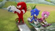 SB S1E29 Knuckles Sonic Amy wash clothes
