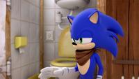 SB S1E07 Sonic toilet