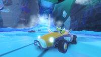 Frozen Junkyard - 13 1556794115