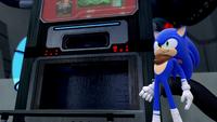 SB S1E08 Sonic cookie machine