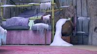 SB S1E50 Amy's House frozen interior 1