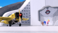 SB S1E35 Lair front Tails plane 1