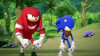 SB S1E25 Knuckles Sonic glare